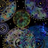 Κυκλική διακόσμηση, delf και κοχύλι διάτρητων που χρωματίζονται Στοκ φωτογραφία με δικαίωμα ελεύθερης χρήσης