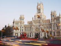 Κυκλοφορία βραδιού Plaza de Cibeles στη Μαδρίτη Στοκ Εικόνες