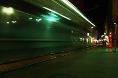 κυκλοφορία νύχτας πόλεω&n Στοκ εικόνες με δικαίωμα ελεύθερης χρήσης