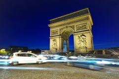 Κυκλοφορία Arc de Triomphe Στοκ φωτογραφία με δικαίωμα ελεύθερης χρήσης