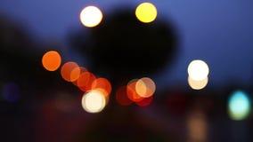 Κυκλοφορία bokeh τη νύχτα φιλμ μικρού μήκους