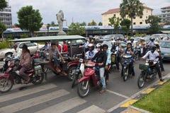 Κυκλοφορία οδών σε Pnom Penh Στοκ φωτογραφία με δικαίωμα ελεύθερης χρήσης