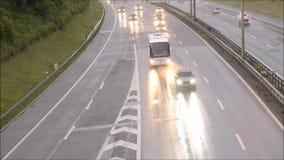 Κυκλοφορία στην εθνική οδό απόθεμα βίντεο