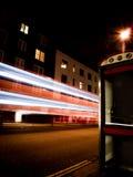 Κυκλοφορία στην κίνηση τη νύχτα Στοκ φωτογραφίες με δικαίωμα ελεύθερης χρήσης