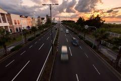 Κυκλοφορία στο ηλιοβασίλεμα Οζάκα, Ιαπωνία Στοκ Εικόνες