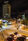 Κυκλοφορία της Κουάλα Λουμπούρ τη νύχτα Στοκ Εικόνες