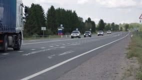 Κυκλοφοριακή ροή στην εθνική οδό απόθεμα βίντεο