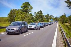 Κυκλοφοριακή συμφόρηση σε έναν δρόμο στα βουνά Tatra στοκ φωτογραφία με δικαίωμα ελεύθερης χρήσης
