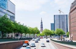 Κυκλοφοριακή συμφόρηση στο Αμβούργο, αστική διαβίωση Στοκ Φωτογραφία