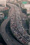 Κυκλοφοριακή συμφόρηση στο σαφή τρόπο Μπανγκόκ Στοκ Εικόνα