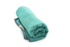 Κυλημένη πράσινη πετσέτα Στοκ εικόνα με δικαίωμα ελεύθερης χρήσης