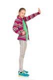 Κυματισμός παιδιών κοριτσιών Στοκ εικόνες με δικαίωμα ελεύθερης χρήσης