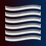 Κυματιστό σχέδιο κλειδιών πιάνων σε ένα σκοτεινό υπόβαθρο ελεύθερη απεικόνιση δικαιώματος