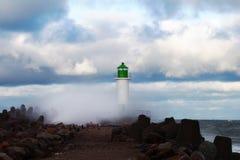 Κυματοθραύστης στη θύελλα Στοκ εικόνες με δικαίωμα ελεύθερης χρήσης