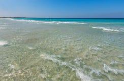 Κυματωγή θάλασσας στην παραλία Στοκ φωτογραφίες με δικαίωμα ελεύθερης χρήσης