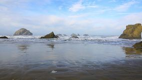 Κυματωγή στο Pacific Coast απόθεμα βίντεο