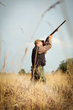 Κυνήγι αγριοχήνων κυνηγών Στοκ Φωτογραφία