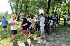 Κυνήγι θησαυρών που οργανώνεται σε μια γαλλική θέση για κατασκήνωση Στοκ Φωτογραφίες