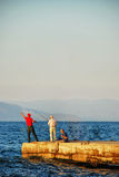 Κυνήγι ψαράδων στο ηλιοβασίλεμα Στοκ φωτογραφία με δικαίωμα ελεύθερης χρήσης