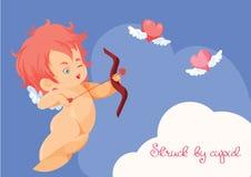 Κυνήγι Cupid με τις πετώντας καρδιές τόξων τοξοτών Στοκ Εικόνες