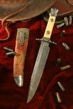 κυνηγετικό μαχαίρι παλαιό Στοκ Φωτογραφίες