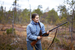 κυνηγετικό όπλο κοριτσιώ Στοκ φωτογραφία με δικαίωμα ελεύθερης χρήσης