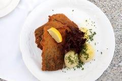 κυπρίνος που τηγανίζετα&io Στοκ εικόνα με δικαίωμα ελεύθερης χρήσης