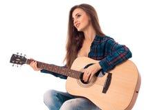 Κυρία γοητείας με την κιθάρα Στοκ εικόνα με δικαίωμα ελεύθερης χρήσης