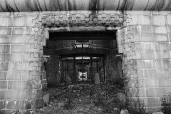 Κυρία είσοδος στο ατομικό κτήριο θόλων βομβών, μνημείο ειρήνης της Χιροσίμα, Ιαπωνία στοκ εικόνα