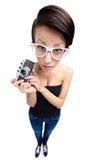 Κυρία με την αναδρομική φωτογραφική φωτογραφική μηχανή Στοκ Εικόνες