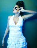Κυρία μόδας, κρύοι τόνοι Στοκ Εικόνες