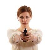 Κυρία που οπλίζεται με ένα πυροβόλο όπλο Στοκ Εικόνα