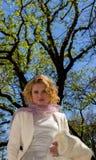 Κυρία στο λευκό στοκ φωτογραφία