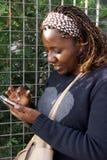 Κυρία Texting Στοκ Φωτογραφίες