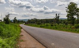 Κυρτό αγροτικό κράτος Νιγηρία οδικού Ekiti στοκ φωτογραφία