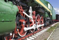 Κυλήστε μια μεγάλη παλαιά ατμομηχανή ατμού Στοκ εικόνα με δικαίωμα ελεύθερης χρήσης
