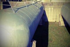 Κυλινδρικό εμπορευματοκιβώτιο για την αποθήκευση του φυσικού αερίου σε ένα indus Στοκ Φωτογραφία