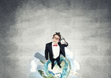 Κωμικός επιχειρηματίας στα κόκκινα γυαλιά Στοκ Φωτογραφία