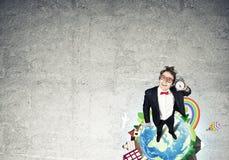 Κωμικός επιχειρηματίας στα κόκκινα γυαλιά Στοκ Εικόνες
