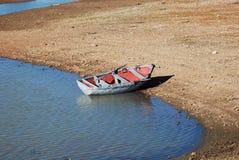 Κωπηλατώντας βάρκα Στοκ εικόνα με δικαίωμα ελεύθερης χρήσης