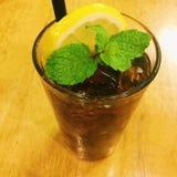 Κόκα κόλα με το λεμόνι Στοκ φωτογραφία με δικαίωμα ελεύθερης χρήσης