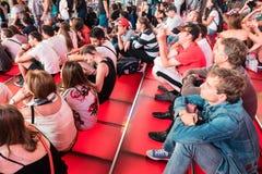 Κόκκινα βήματα της Times Square, πολιτισμός νεολαίας και έννοιες τουρισμού Στοκ Εικόνα