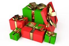 Κόκκινα και πράσινα πλαίσια 4 δώρων Στοκ φωτογραφία με δικαίωμα ελεύθερης χρήσης