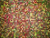 Κόκκινα και πράσινα χρωματισμένα κεραμίδια μωσαϊκών κλίσης Στοκ Εικόνες