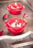 Κόκκινα κεριά για aromatherapy Στοκ εικόνα με δικαίωμα ελεύθερης χρήσης