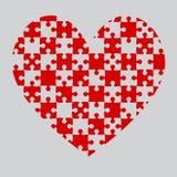 Κόκκινα κομμάτια καρδιών γρίφων - τορνευτικό πριόνι - σκάκι τομέων Στοκ Φωτογραφία