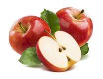 3 κόκκινα μήλα που απομονώνονται κατά το ήμισυ στο άσπρο υπόβαθρο Στοκ Εικόνες