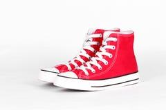 κόκκινα παπούτσια καμβά Στοκ Εικόνες