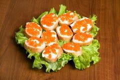 κόκκινα σάντουιτς χαβια&rho Στοκ Φωτογραφία
