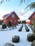 Κόκκινα σπίτια το χειμώνα, Λιθουανία Στοκ εικόνες με δικαίωμα ελεύθερης χρήσης